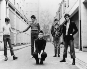 The undertones_Site